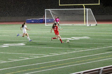 Girls Soccer Has Promising Start