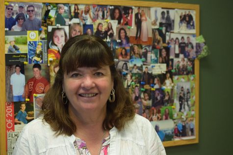 Coronado Says Goodbye to Longtime Counselor