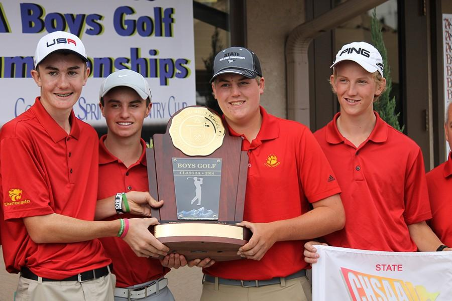Coronado Boys Golf fights to repeat last year's 5A state championship title.