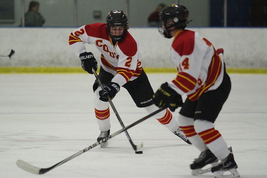 Junior Max Van Lancker travels up-rink.