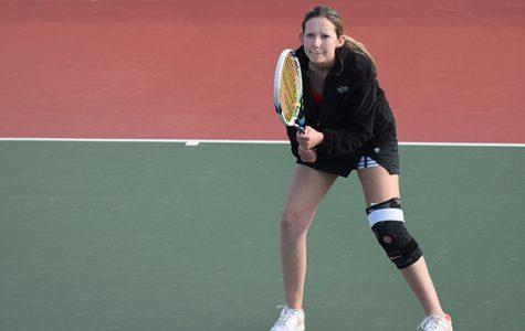 Maya Glaser prepares for her match.