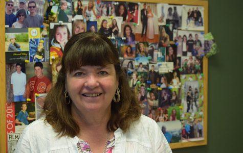Coronado Says Goodbye to Longtime Counselor