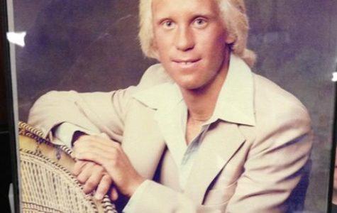 Esta es la foto de Sr. Hugill. ¡También podría ver tan bien!