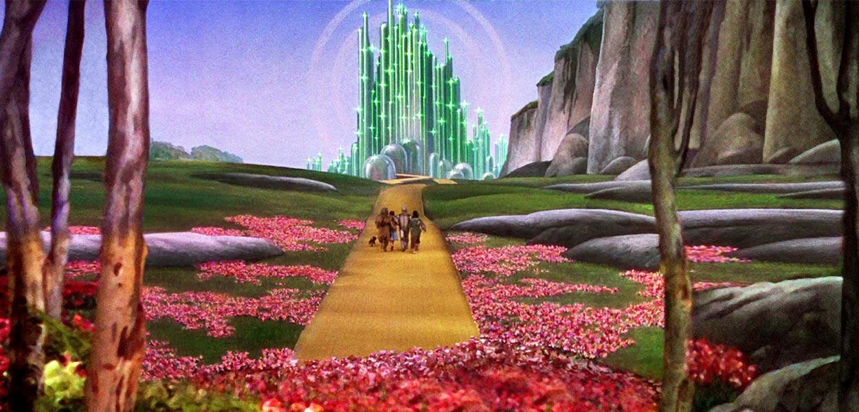 The theme of Coronado Homecoming 2017 is the Emerald City!
