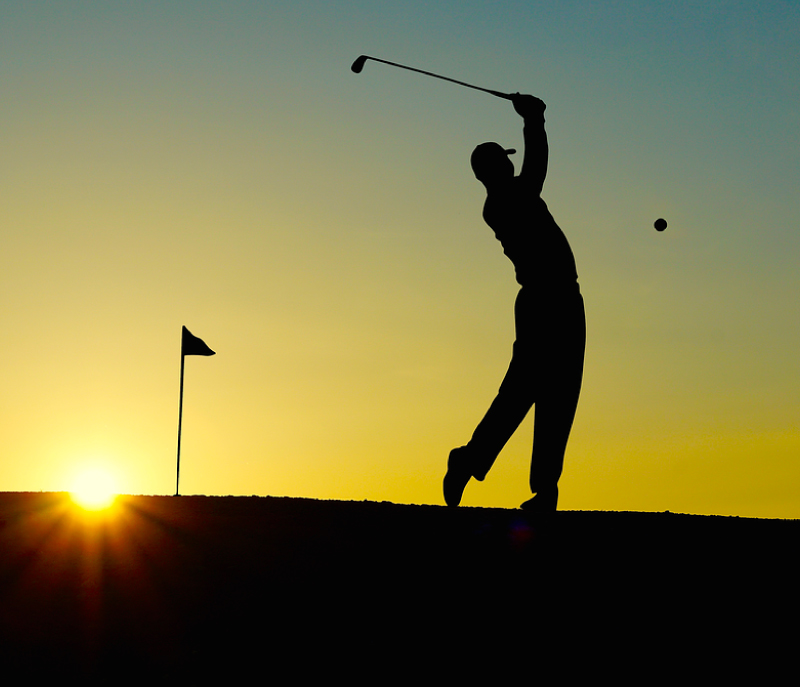 Women's Golf Takes Small Loss in Stride