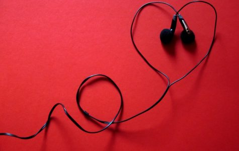 """Celebrate Valentine's Day With This """"Lovely"""" Playlist"""
