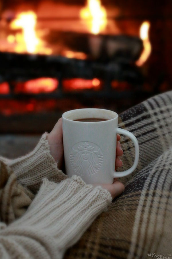 Cozy+Indoor+Activities+to+Avoid+the+Cold+Weather